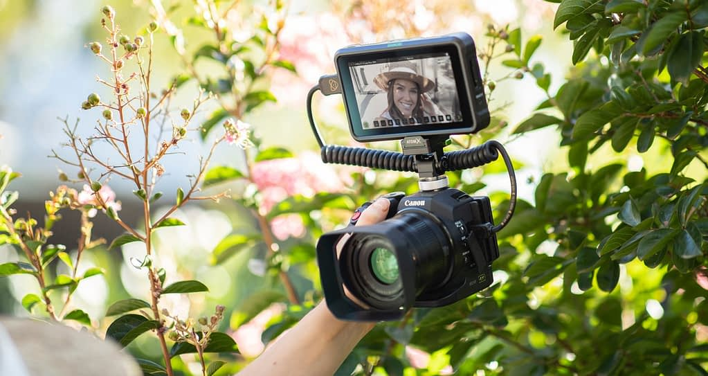 Atomos Shinobi on DSLR - Selfie